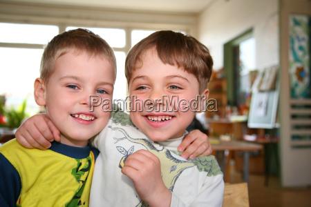 friends in kindergarten