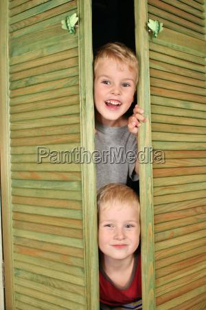 children, from, closet - 3002523