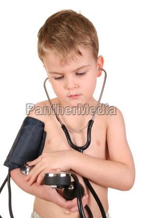 child, with, sphygmomanometer - 3003233