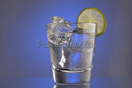club, soda, with, ice, and, a - 3008417