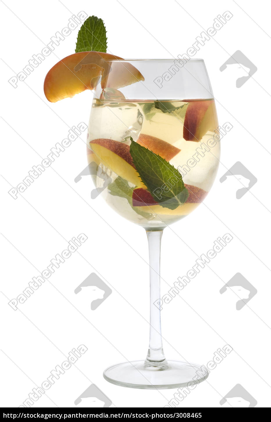 white, sangria, in, a, glass, on - 3008465