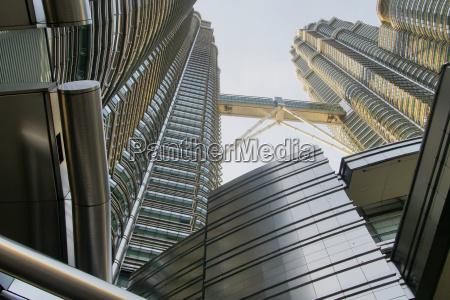 twin towers von unten