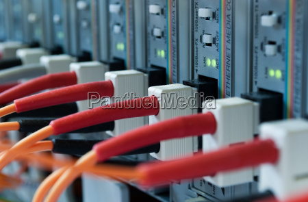 fiber optic cable to computer