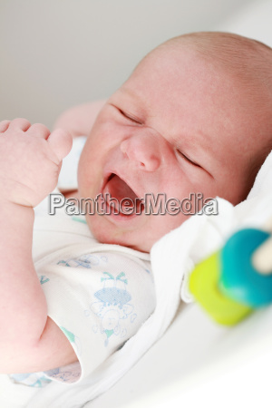 portrait, of, crying, baby - 3034563