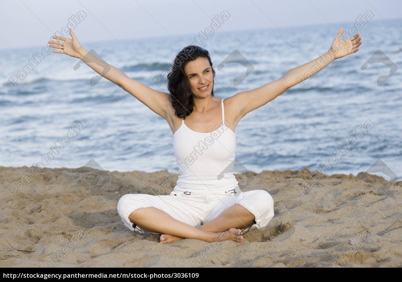 yoga, on, the, beach - 3036109