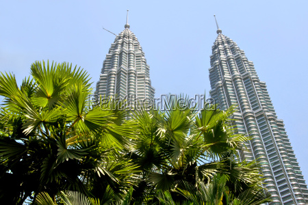 twin towers tropical