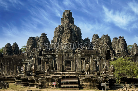 ancient temple in angkor wat cambodia