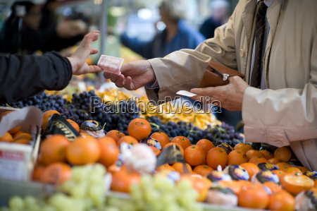 vendor accepts payment at a street