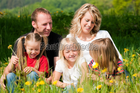 family, on, meadow, in, spring - 3079443