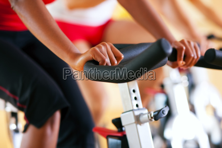 spinning, at, the, gym - 3079215