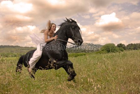 riding, wedding, woman - 3080691