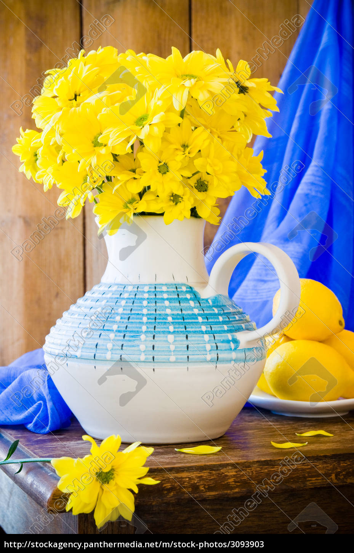 still, life, chrysanthemums - 3093903