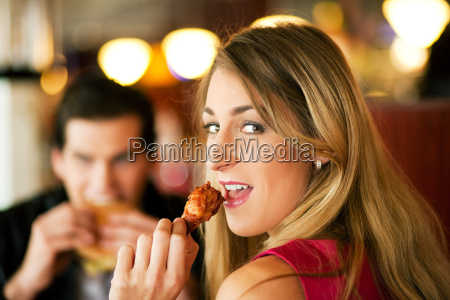 couple, in, the, restaurant, drinking, michshake - 3094023