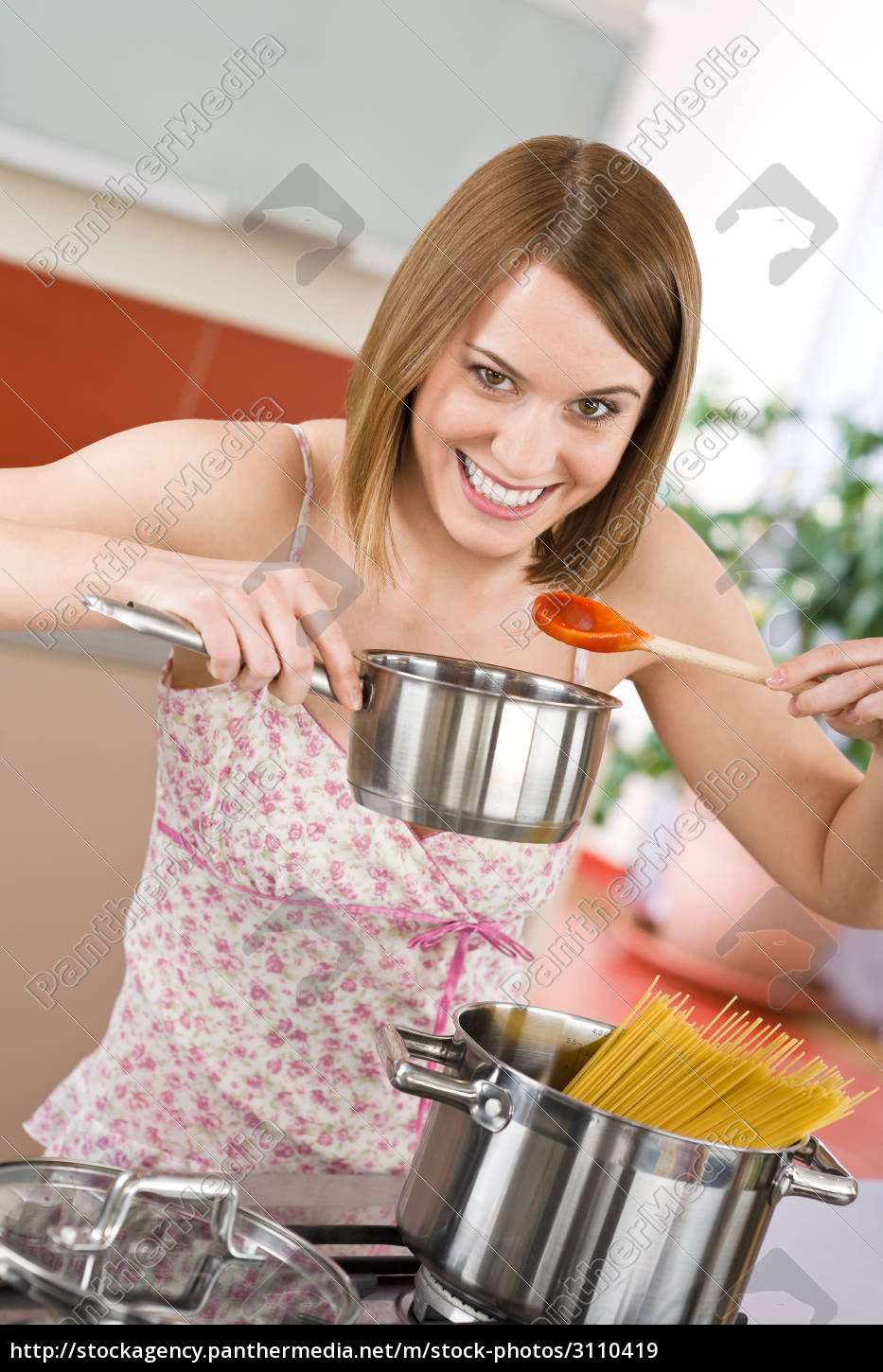 cooking, -, young, woman, tasting, italian - 3110419