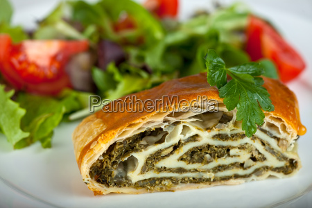 spinach strudel with fresh salad