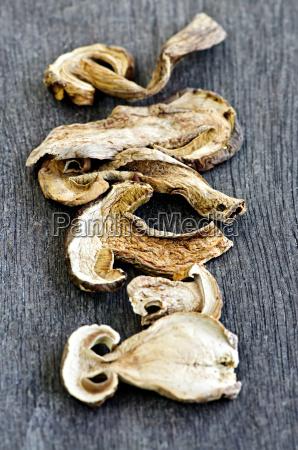 dry, porcini, mushrooms - 3132551