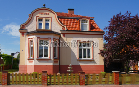 villa, in, pink - 3165943