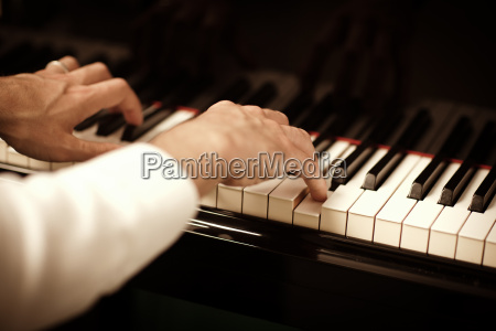 man, playing, piano - 3166093