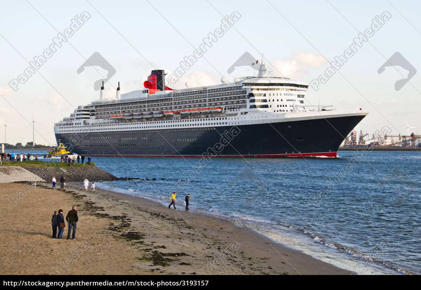 cruise, ship, leaving, port, of, rotterdam - 3193157