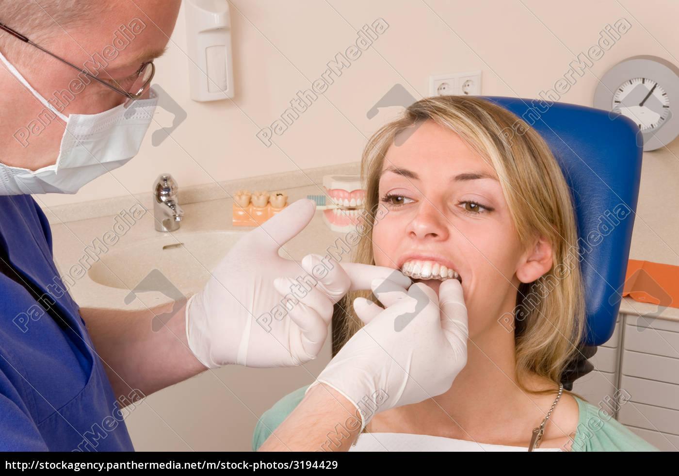 dentist - 3194429
