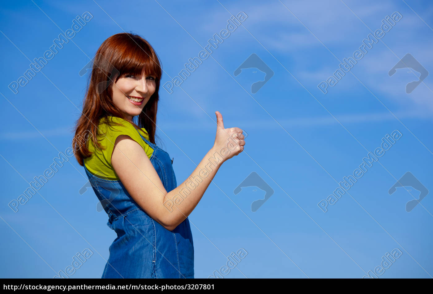 happy, woman, on, outdoor - 3207801