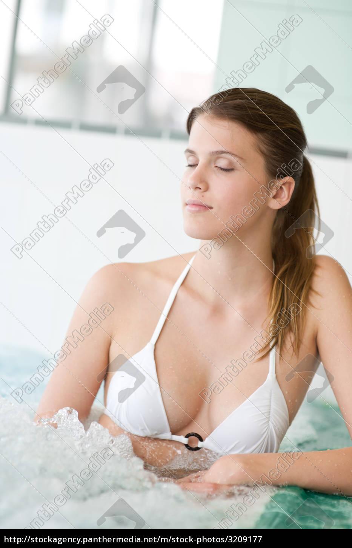 swimming, pool, -, beautiful, woman, in - 3209177