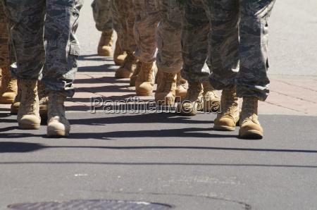 esercito guerra soldato uniforme soldati sfilata