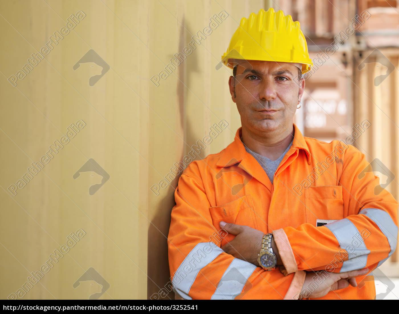 industrial, worker, in, warehouse - 3252541