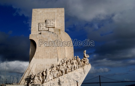 monument to the discoveries padrao dos