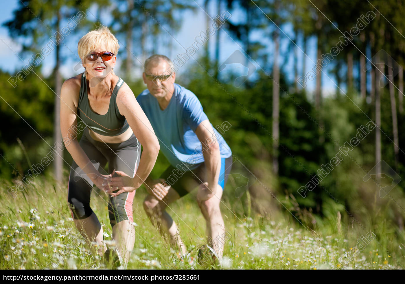 senior, couple, doing, sports, in, nature - 3285661