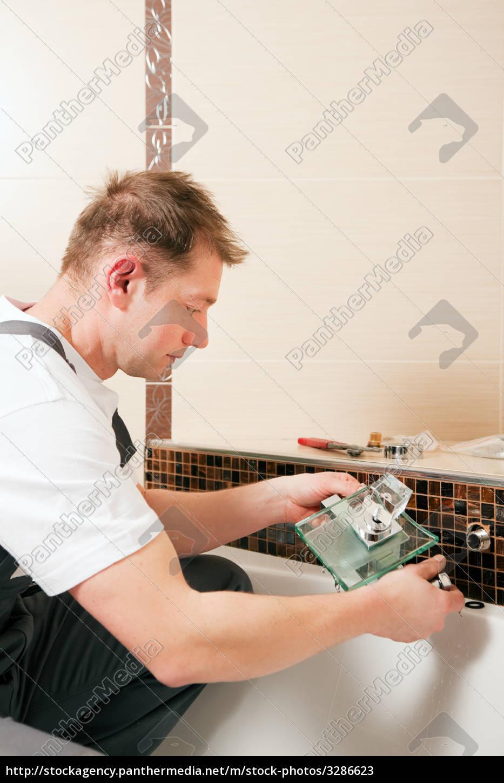 installer, attaches, mixed, battery - 3286623