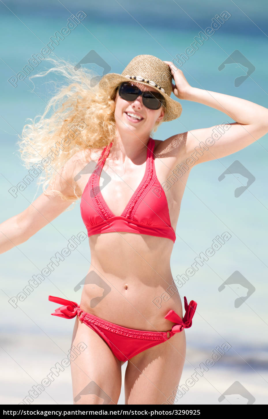 young, woman, is, running, on, the - 3290925