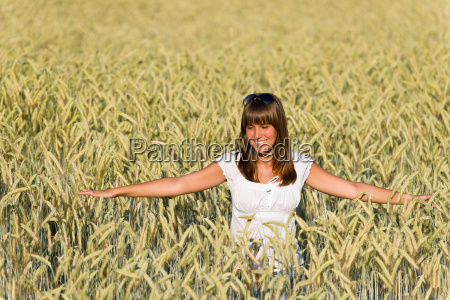happy, woman, in, corn, field, enjoy - 3292913