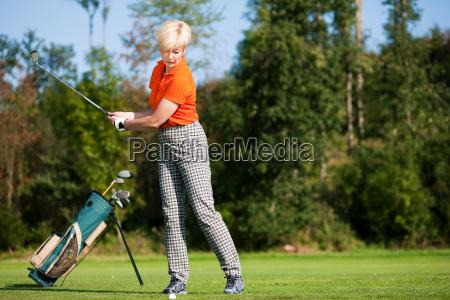 golfabschlag - 3293323