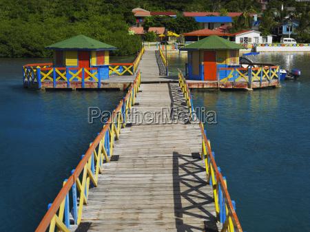 pier in the sea lovebirds bridge