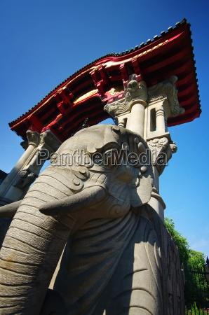 elephant gate zoologischer garten berlin