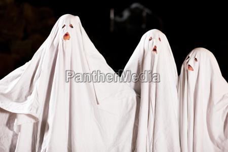 fantasmas muito terriveis no dia das