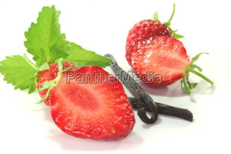 strawberries with vanilla