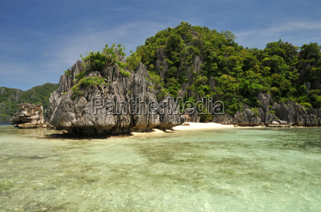 holidays in palawan