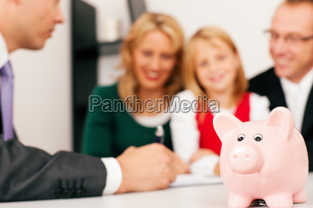family and advisers finance