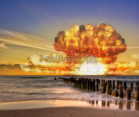 nuclear bomb test in ocean