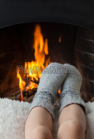 childrens feet are heated in the