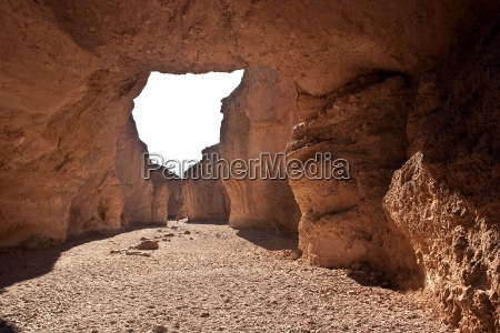 natural bridge canyon is found on