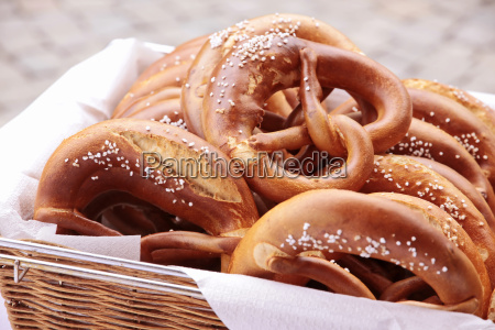 basket with pretzel pretzels