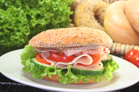 bagel with chicken breast
