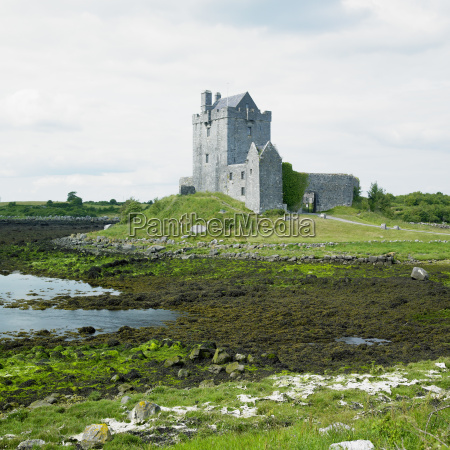 dunguaire castle county galway ireland