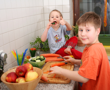 kids, in, the, kitchen - 4469729
