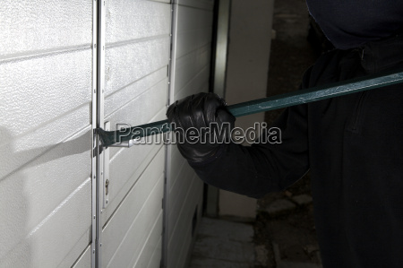 robber violation property against the door