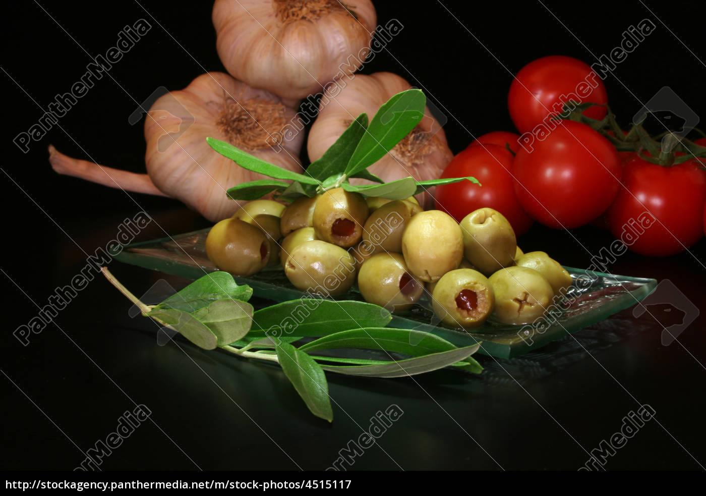 olives - 4515117
