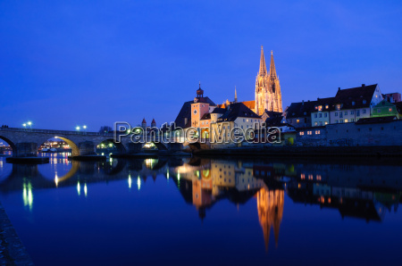 old town of regensburg at night
